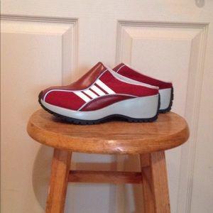 Steve Madden Red Vintage Slip On Clog Style Shoes